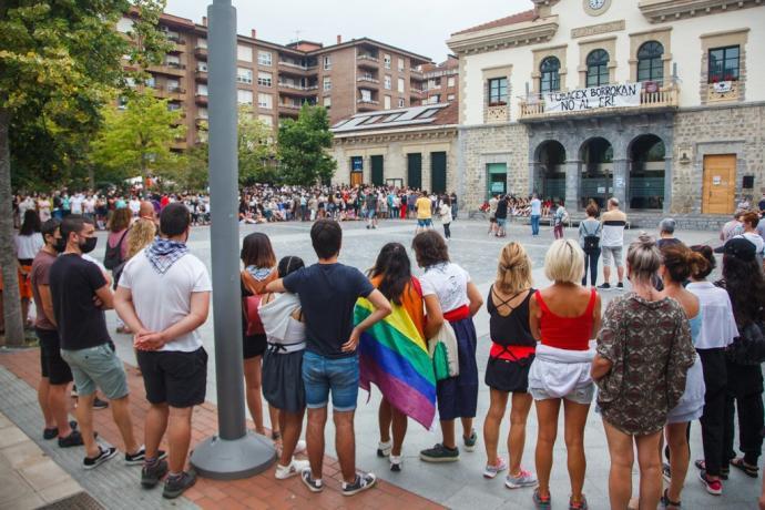 CONDENA AGRESION HOMOFOBA/ERASO HOMOFOBOA GAITZESI DUTE